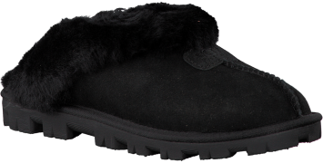 Black UGG shoe COQUETTE