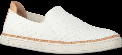 UGG Chaussures à enfiler SAMMY CHEVRON en blanc
